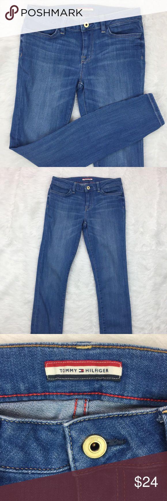 "TOMMY HILFIGER legging jeans Tommy Hilfiger legging jeans, form fitting, medium wash, 30"" inseam, excellent condition.    (030) Tommy Hilfiger Jeans Skinny"