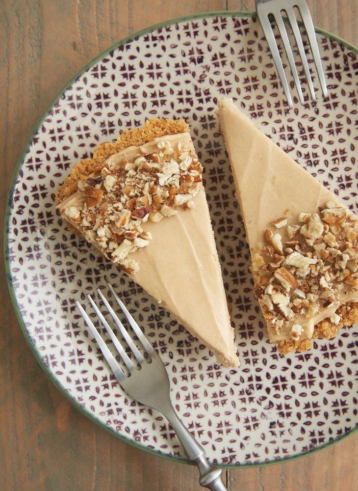 A vanilla wafer crust, bananas, and a no-bake brown sugar cheesecake filling make this Brown Sugar Banana No-Bake Cheesecake a favorite. So simple and so very delicious! - Bake or Break