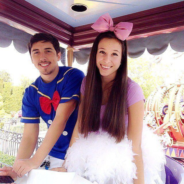 Disney Halloween couple costume: Donald Duck and Daisy