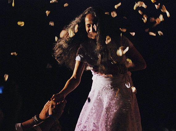 Maria Bethania - the barefoot diva