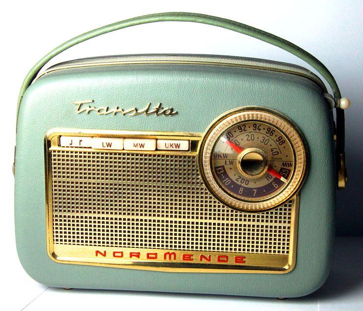 666 Best Vintage Radios Images On Pinterest Art Decor