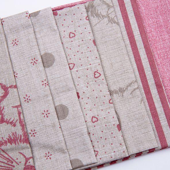Balíček látek malý růžovorežný 7 x 28 cm x 32cm