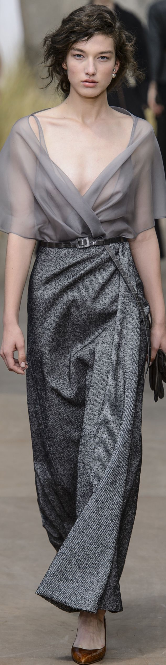 Dior Fall 2017 Haute Couture ✨ ʈɦҽ ƥᎧɲɖ ❤ﻸ•·˙❤•·˙ﻸ❤   ᘡℓvᘠ □☆□ ❉ღ // ✧彡☀️ ●⊱❊⊰✦❁❀ ‿ ❀ ·✳︎· ☘‿ TH JUL 13 2017‿☘✨ ✤ ॐ ♕ ♚ εїз⚜✧❦♥⭐♢❃ ♦♡ ❊☘нανє α ηι¢є ∂αу ☘❊ ღ 彡✦ ❁ ༺✿༻✨ ♥ ♫ ~*~ ♆❤ ☾♪♕✫ ❁ ✦●↠ ஜℓvஜ .❤ﻸ•·˙❤•·˙ﻸ❤