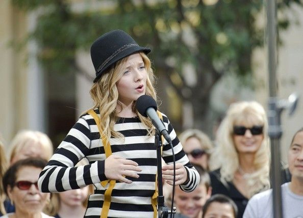 """Twelve year old american classical singer Jacqueline Marie """"Jackie"""" Evancho is performing on """"Extra"""" at The Grove."""