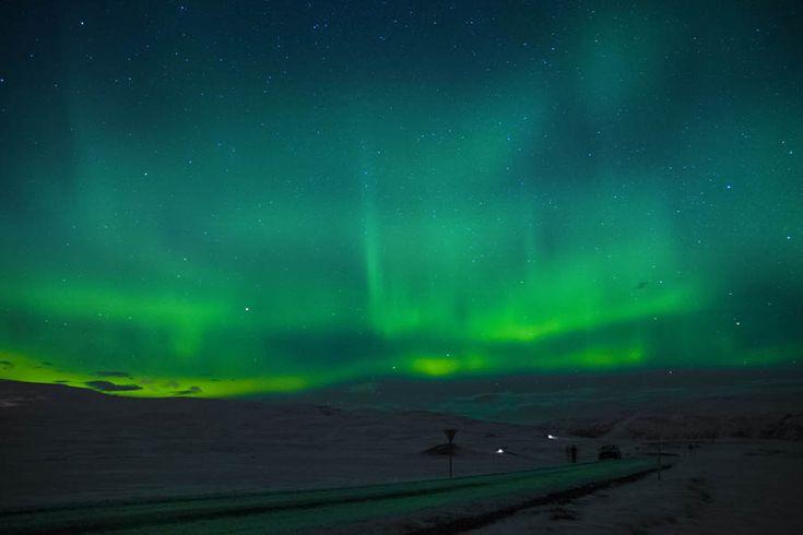 Ισλανδία: Το βόρειο σέλας 'χορεύει' στο εθνικό πάρκο του Thingvellir