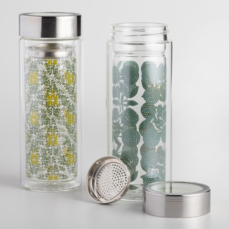 Brew hot or iced tea and take it to go with our double-wall insulated glass tea carafes. Featuring our exclusive floral and tile designs, these chic tumblers include removable strainers and airtight lids for easy brewing anywhere.