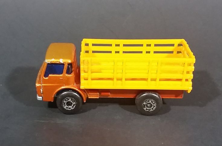 1976 Matchbox Superfast Lesney Products Dodge Cattle Truck No. 71 - Made in England https://treasurevalleyantiques.com/products/1976-matchbox-superfast-lesney-products-dodge-cattle-truck-no-71-made-in-england #Vintage #1970s #70s #Seventies #Matchbox #SuperFast #Lesney #Products #Dodge #Cattle #Cows #Trucks #Diecast #Toys #Cars #England #Collectibles #Farms #Farming #Ranchers