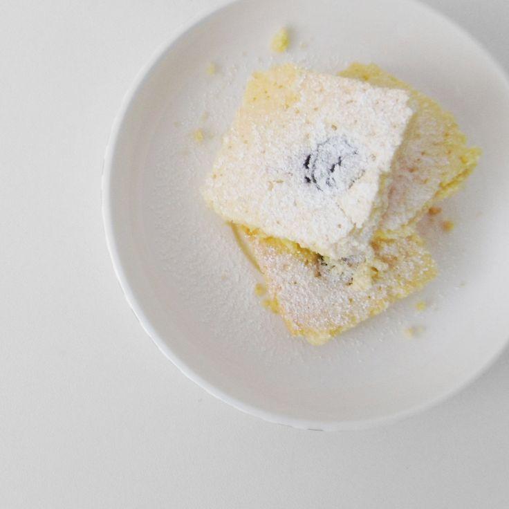 Czy ciasto bezglutenowe może uzależniać? Może! Każdy komu podam moje kruche ciasto z wiśniami, zajada się nim aż uszy się trzęsą! Ok, zdradzę Ci przepis.