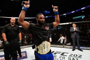 UFC 201 Atlanta Results: Tyron Woodley Upsets Robbie Lawler