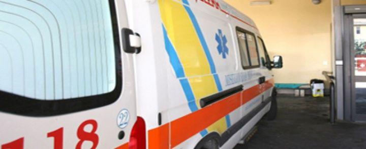 Salerno. Modera convegno su sicurezza stradale, poi viene investita: giornalista grave in ospedale