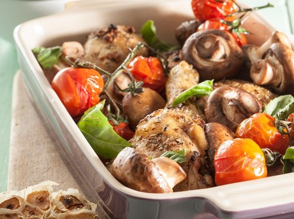 Mediterranean chicken bake • This delicious baked chicken and vegetable meal is great for those following a Banting diet.
