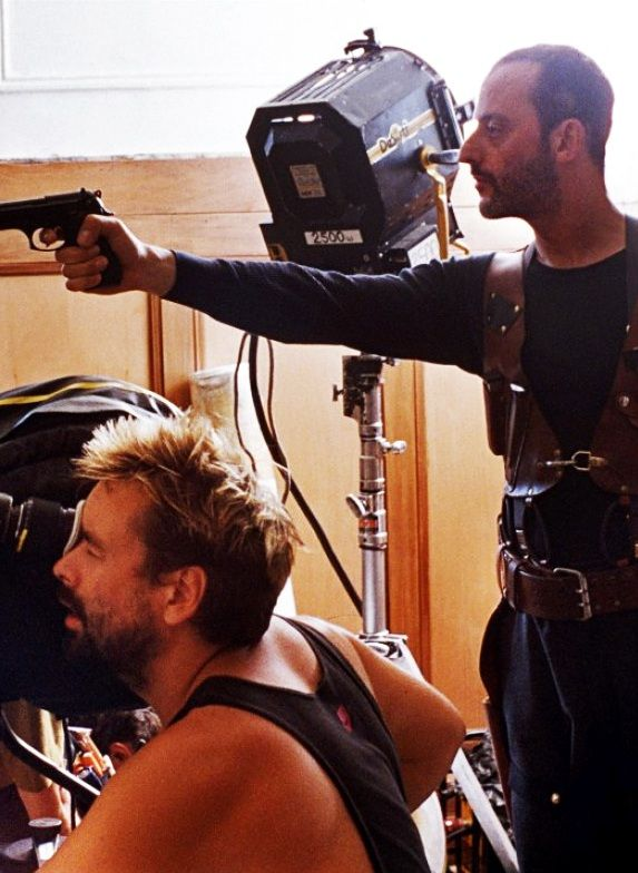 Luc Besson & Jean Reno on the set of Leon