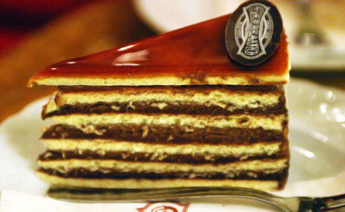 Receita da Torta Dobos, que aparece na ceia de Natal da Hungria