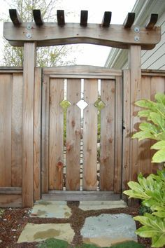 Another custom gate and arbor by Dreamscape
