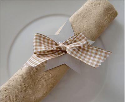 Idea para la mesa de Navidad: Servilleteros de cartón: