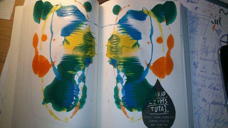 Podesłała Karolina Piotrowska #zniszcztendziennikwszedzie #zniszcztendziennik #kerismith #wreckthisjournal #book #ksiazka #KreatywnaDestrukcja #DIY