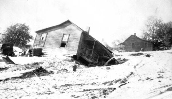 BLOG: Some of Florida's most destructive hurricanes hit the state long before the National Weather Service began assigning names to tropical cyclones. One of the deadliest of these remains known to history only as the Okeechobee Hurricane of 1928. | Florida Memory