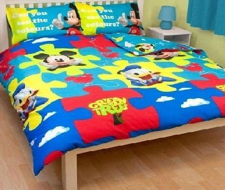 Mickey Mouse Childrens/Kids Mickey Mouse Clubhouse Reversible Quilt/Duvet Cover Bedding Set (Single Bed) (Yellow/ <ul><li>Great quality character bedding.</li><li> Fibre: 100% Polyester Microfibre.</li><li> Size Single duvet cover 135cm x 200cm.lt (Barcode EAN = 5055499101528) http://www.comparestoreprices.co.uk//mickey-mouse-childrens-kids-mickey-mouse-clubhouse-reversible-quilt-duvet-cover-bedding-set-single-bed--yellow-.asp