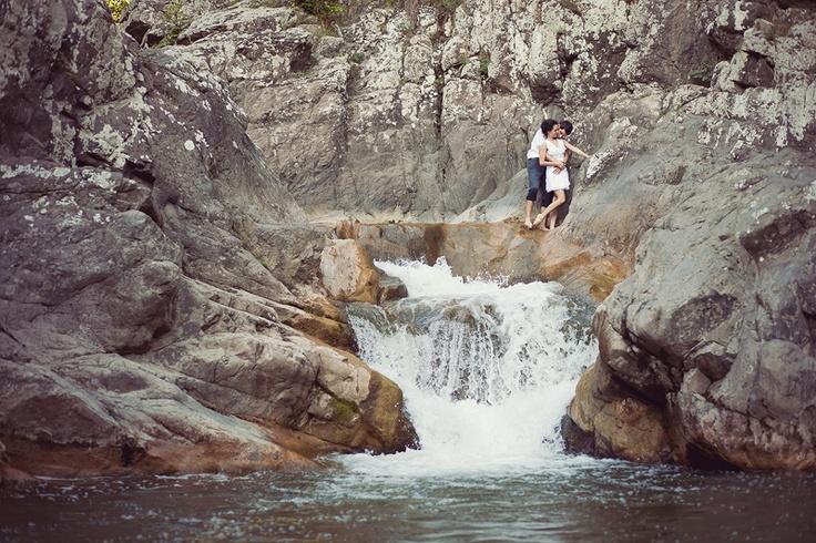 waterfall http://www.be-light.ro/blog/mircea-ionela-sedinta-de-logodna-cluj/
