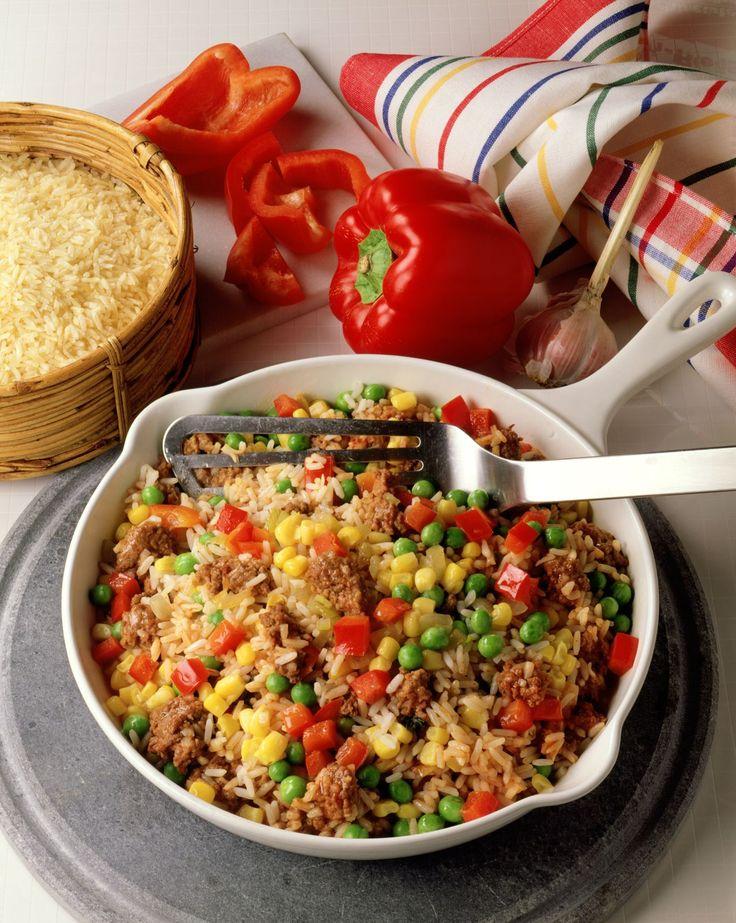 Reis-Hackfleisch-Pfanne - smarter - Kalorien: 617 Kcal - Zeit: 45 Min. | eatsmarter.de