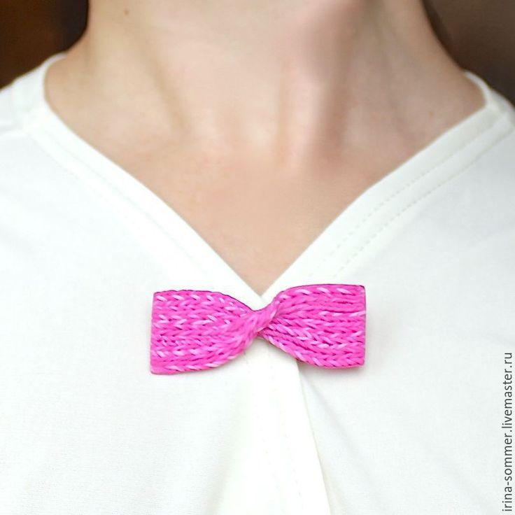 Купить Брошь Вязаная бабочка из полимерной глины - фуксия, розовый, ярко-розовый, сочный, бабочка