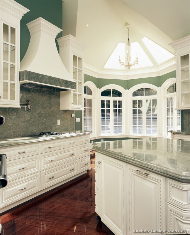Traditional White Kitchen Cabinets Ideas: 17 Best Ideas About Luxury Kitchens On Pinterest