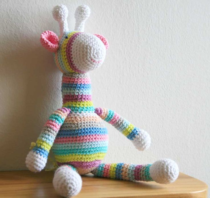 40 best Crochet bebé images on Pinterest | Hand crafts, Baby shoes ...