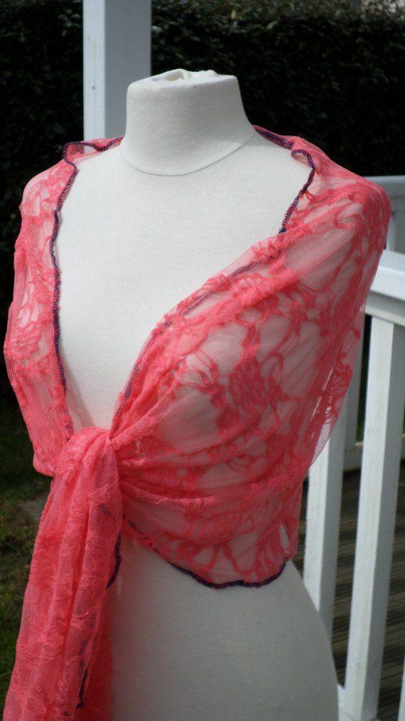 Etole écharpe foulard châle de femme en dentelle, agréable pour mariage de  coloris corail mariage printemps été 2018 linevacréations france d6543733c03