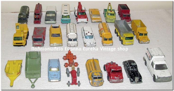 Παλιά μεταλλικά αυτοκινητάκια Made in England, κυρίως από την εταιρία matchbox και Husky, από την δεκαετία του 1960's. και του 1970's.  Είναι χρησιμοποιημένα όπως μπορείτε να δείτε. Ευκαιρία να εμπλουτίσετε την συλλογή σας.