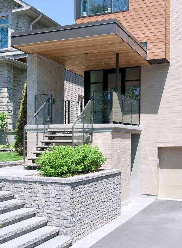 Award-Winning Fraser Residence On a Sloping Site