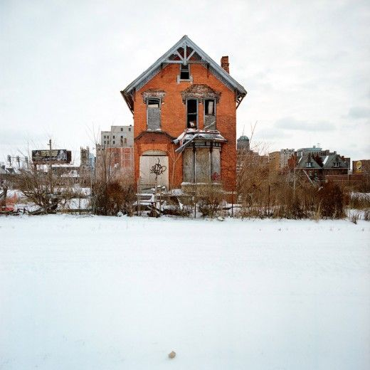 A photographic collection of abandoned houses in Detroit