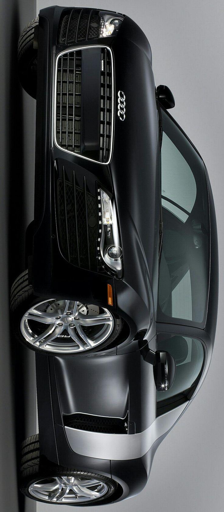 AUDI R8 V10 by Levon
