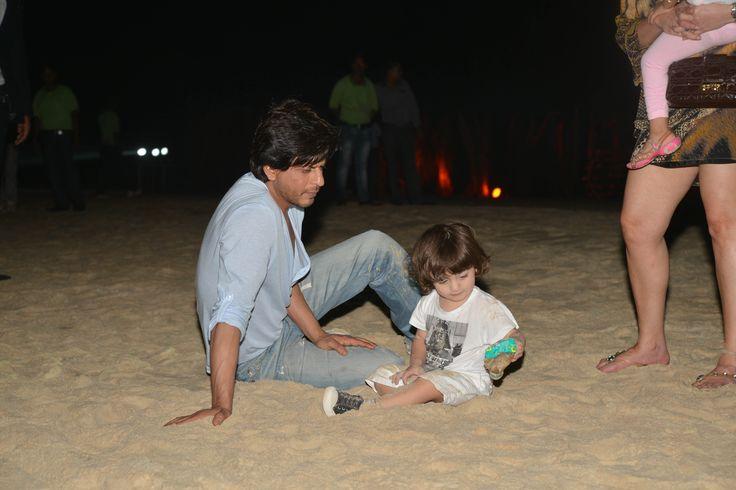 Shah Rukh Khan & his cute son Abram enjoying the beach at #PlanetHollywoodGoa.  #PlanetHollywood #India #BeachResort #Goa