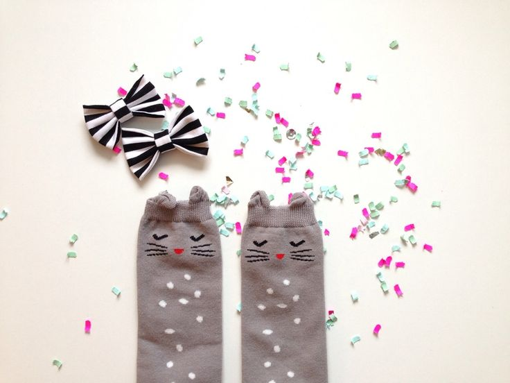 These Bashful Kitty Socks (for kids!) and striped bow are the perfect little kids accessories!