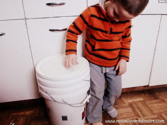 Got Worms? How to make a worm farm out of buckets.