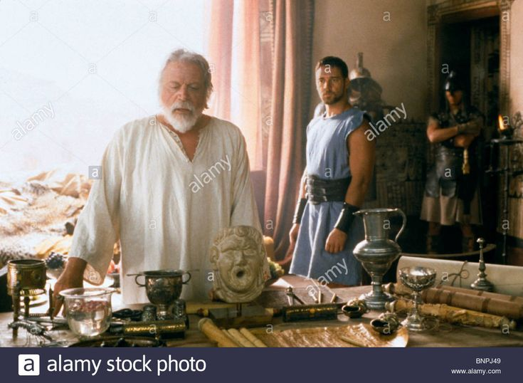 Oliver Reed and Russell Crowe in Gladiator, 2000