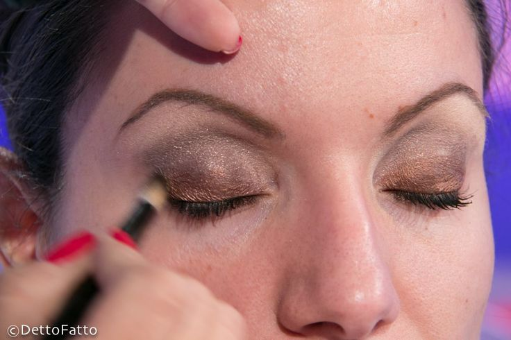 Make Up, trucco per colloquio di lavoro o esame universitario - http://www.wdonna.it/make-up-colloquio-di-lavoro/64182?utm_source=PN&utm_medium=Gossip&utm_campaign=64182
