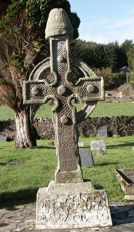 All that remains of the monastery at  Kilclispeen, Co. Tipperary are 2 ringed High Crosses in the cemetery of Ahenny. The Ahenny Crosses are part of the Ossory Group which are believed to be the earliest crosses and date from the eigth to ninth centuries AD.