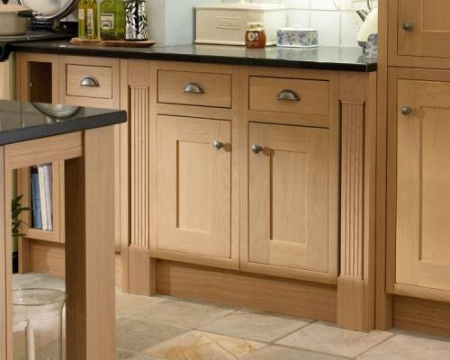 Haworth Oak   Haworth   Kitchen Families   Kitchen Collection   Howdens  Joinery Cupboard knobs and drawers 90 best Brass Cupboard Knobs   Traditional Style images on  . Oak Cupboard Door Knobs Uk. Home Design Ideas
