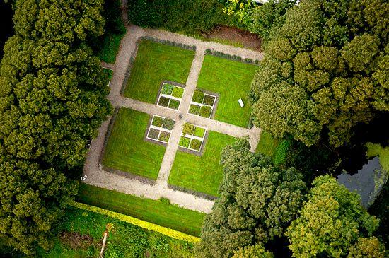 A birds view of the herb garden of Dragsholm Castle. www.dragsholm-slot.dk