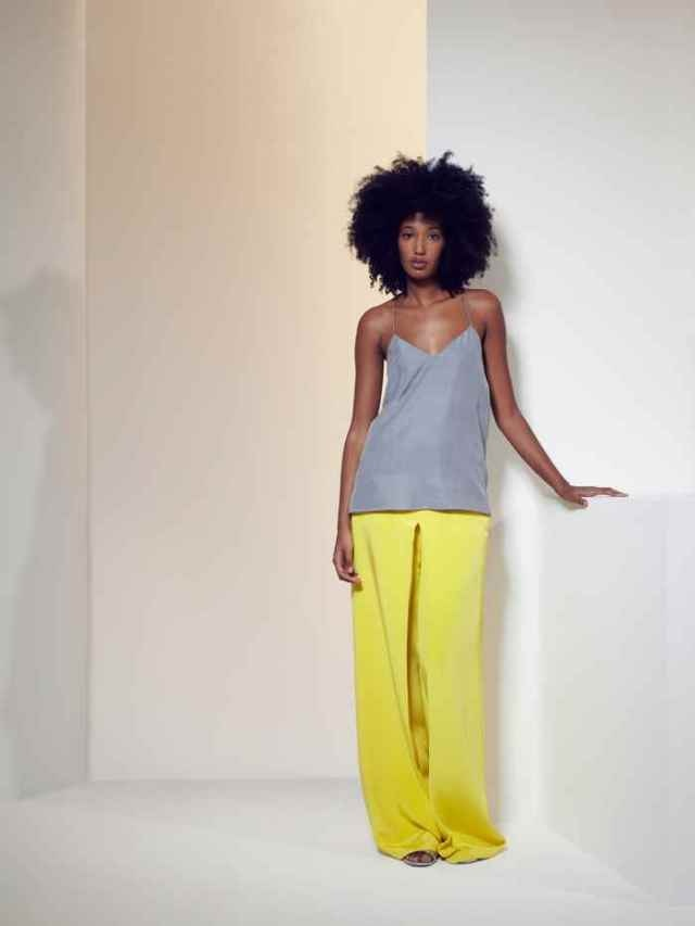 In love with the pantsWide Leg Pants, Wide Legs Pants, Fashion, Comfy But Ch Trousers, Palazzo Pants, Style Inspiration, Grey Yellow, Hair, Silk Wide