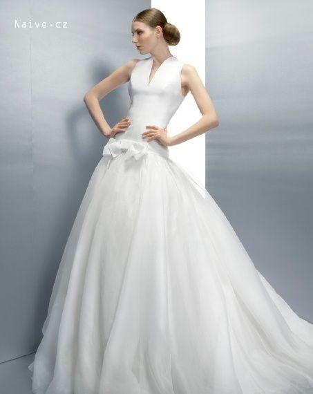 JESUS PEIRO svatební šaty, model 2034 (Praha)