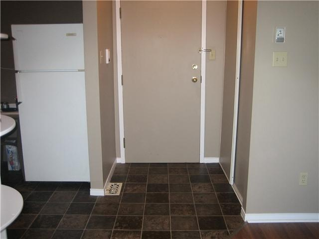 For more information on Barrie Condo's visit http://www.newbarrierealestatelistings.com
