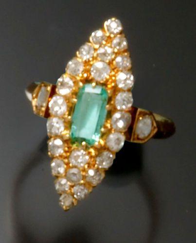 Victorian-18K-Gold-Diamond-amp-Emerald-Ring-Navette-Shape-from-1890
