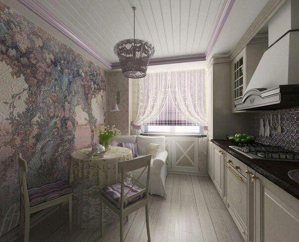 Небольшая кухня в светлых тонах