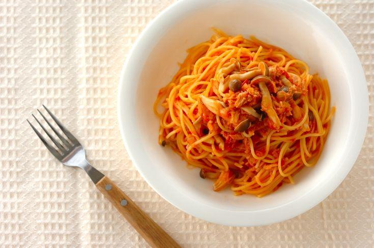 ひとつのお鍋で仕上げるワンポットパスタ。ゆでる必要がないから最小限の水で作れます。ツナとトマトソースのワンポットパスタ[洋食/麺料理(パスタ等)]2016.09.01公開のレシピです。