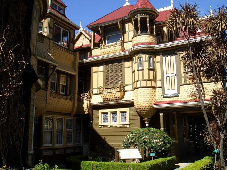 Winchester Mystery House in San Jose, California. Дом Винчестеров Арихитектура, винчестер, дом