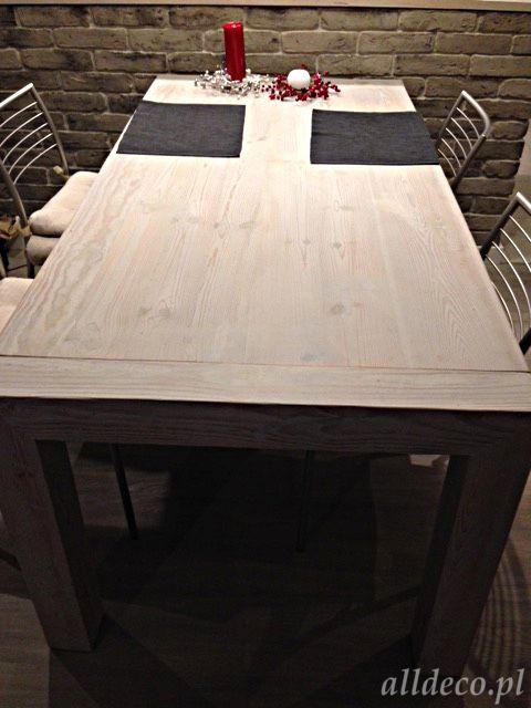 Table blanchie par cirage en vieux bois  stare drewno