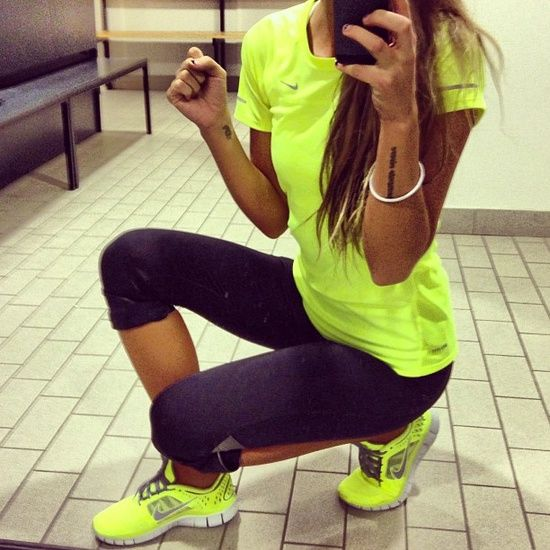 Neon workout outfit...love it! http://pinterest.com/treypeezy http://twitter.com/TreyPeezy http://instagram.com/OceanviewBLVD http://OceanviewBLVD.com