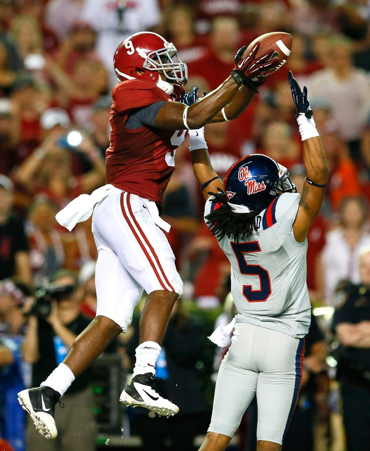 That Amari Cooper! #RollTide Check this out too ~  For Great Sports Stories and Funny Audio Podcasts, Visit RollTideWarEagle.com and while you're there, try for free Train Deck, to learn the rules of the game you love. #Alabamafootball